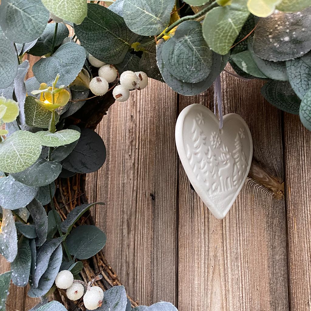 Eucalyptus Frosted White Berry Wreath