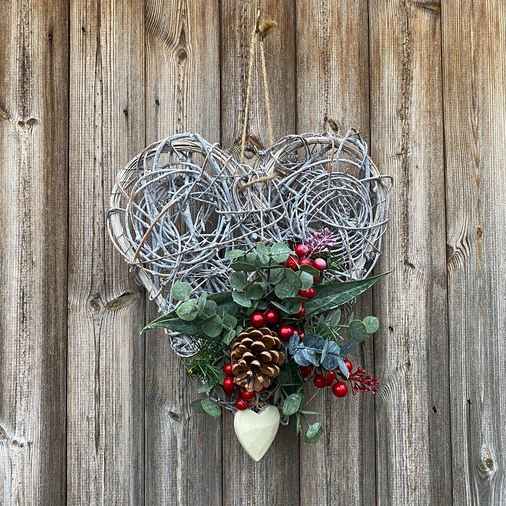 Spiral Willow Heart - Eucalyptus & Red Berries