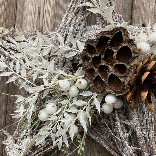 White Glitter Hanging Star – Lotus, Cone & White Berries