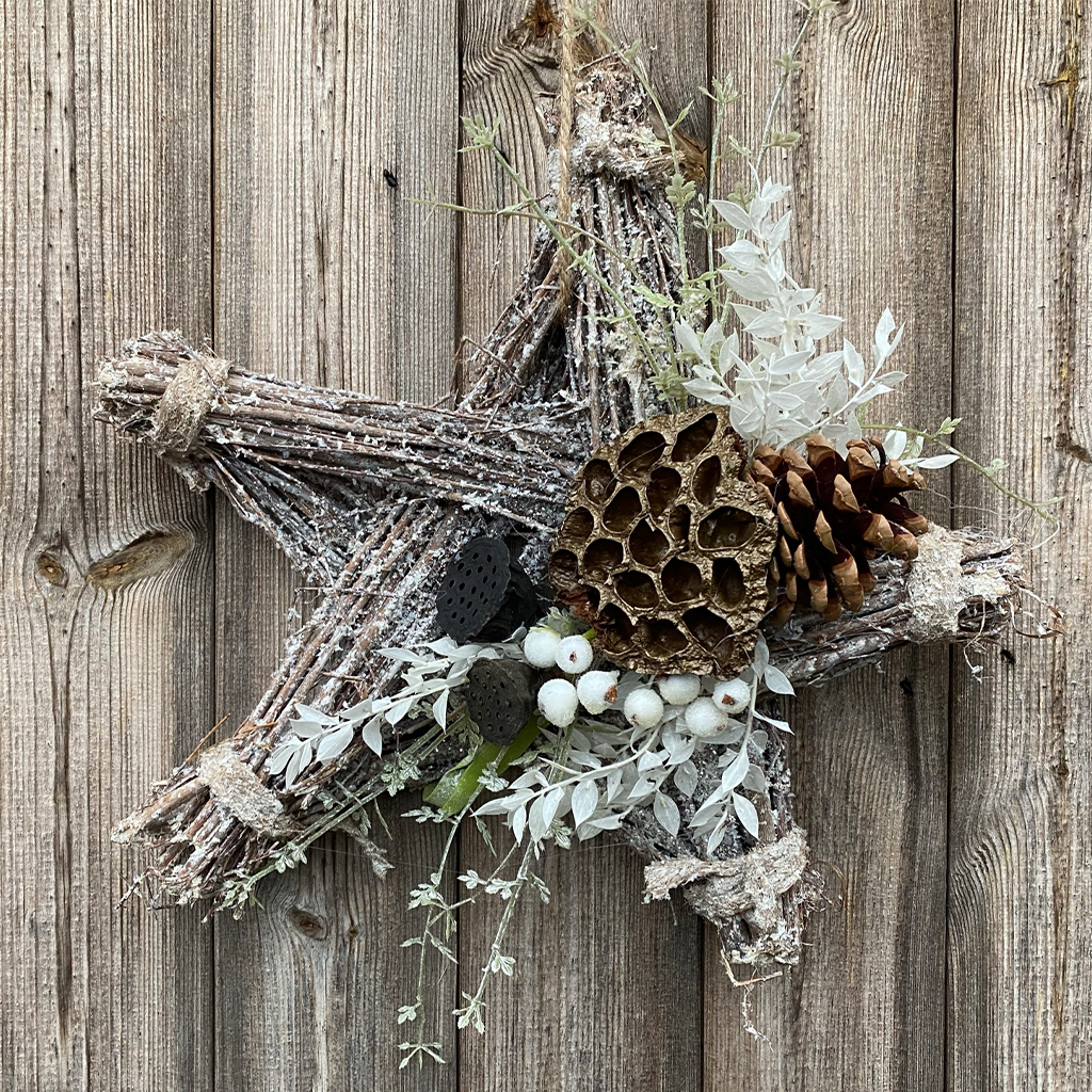 White Glitter Hanging Star - Lotus & White Berries